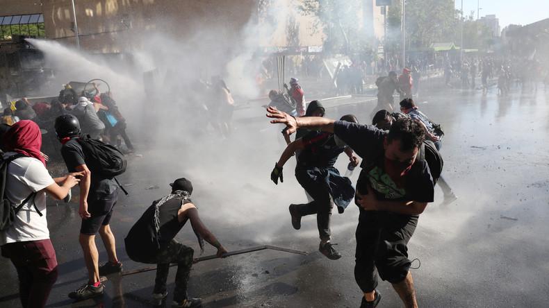 Proteste gegen soziale Ungleichheit in Chile (Video)