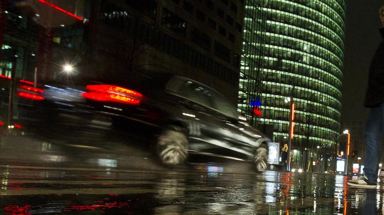 """Immer mehr """"Koks-Taxis"""" rollen durch Berlin – RT schaut hinter die Kulissen"""