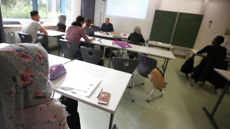 Gegen die Lehrerflucht aus Berlin: Bildungssenatorin will Verbeamtung der Lehrkräfte