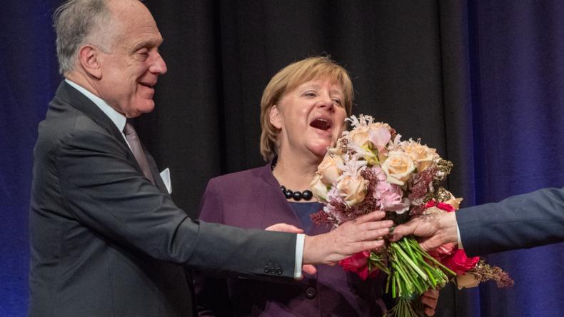"""""""Hüterin der Zivilisation"""" – Merkel erhält Preis des Jüdischen Weltkongresses"""