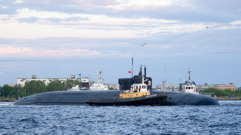 Ziel 5.000 Kilometer weit: Russisches U-Boot feuert erstmals Interkontinentalrakete unter Wasser ab
