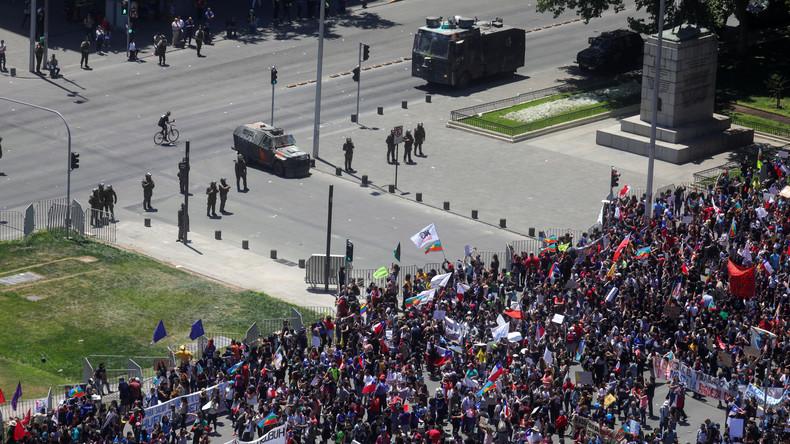 """""""Wir befinden uns im Kriegszustand"""" – Massenproteste in Chile gehen weiter"""