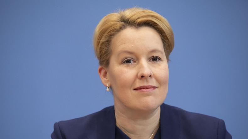 """Trotz """"festgestellter Mängel"""": Familienministerin Giffey darf Doktortitel behalten"""