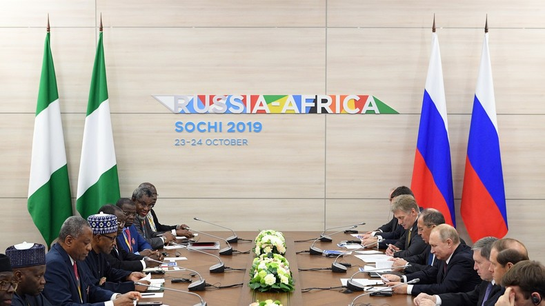 """Nigerianischer Präsident: """"Werden russische Unterstützung für unser Land nie vergessen"""""""