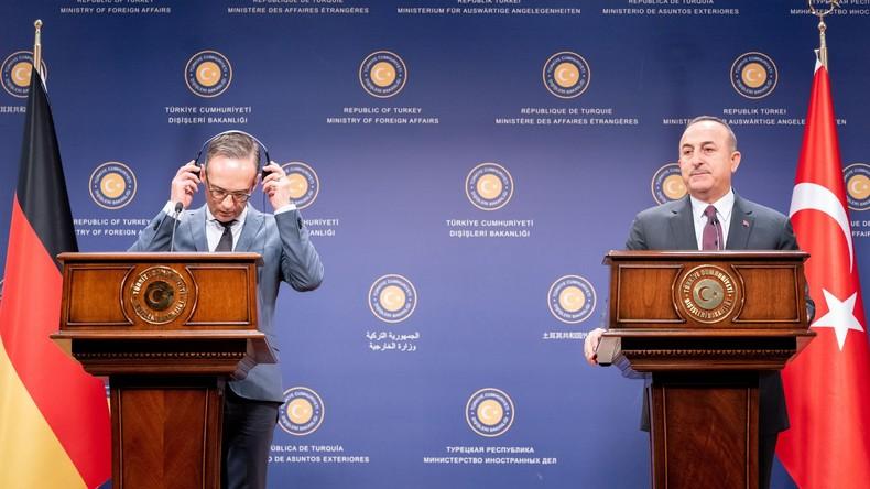 Deutschland und Frankreich: Politische Akteure zunehmend ohne Bedeutung (Video)