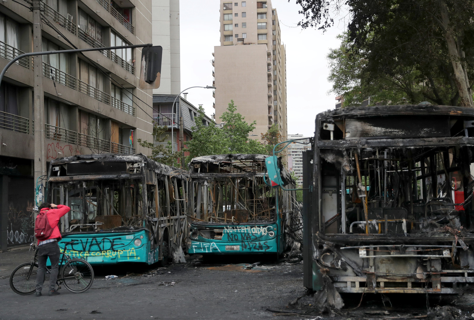 """""""Wir sind im Krieg"""": Chile verhängt erstmals seit Pinochet-Diktatur Ausnahmezustand"""