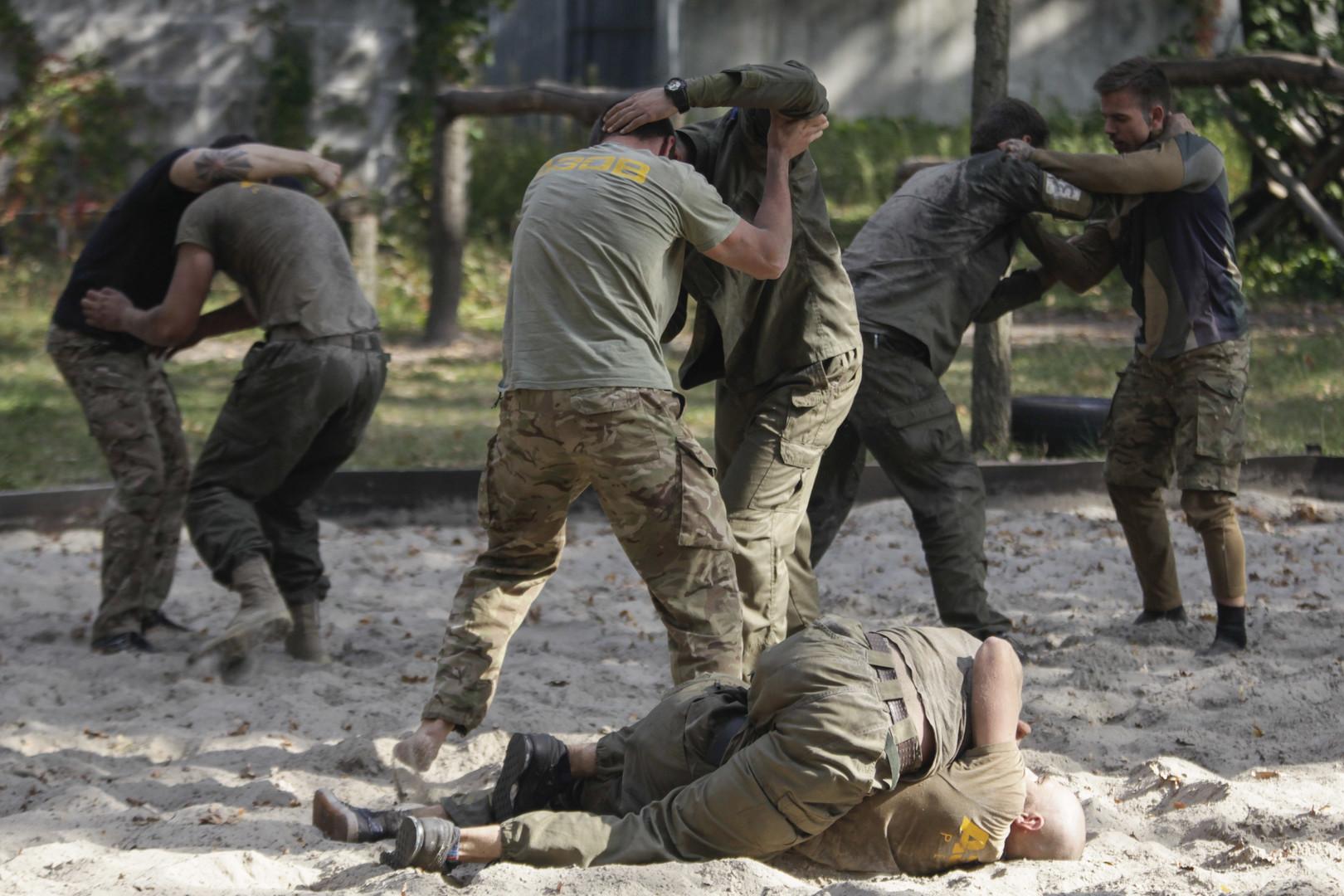 US-Abgeordnete wollen ukrainisches Asow-Regiment als Terrororganisation einstufen
