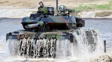 (Symbolbild). Ein Leopard-2-Panzer während einer Übung in Münster, Deutschland, am 20. Mai 2019. Ungarn hatte 2018 einen Vertrag zur Lieferung von 44 neugefertigten Leopard-2-A7-Panzern unterschrieben.
