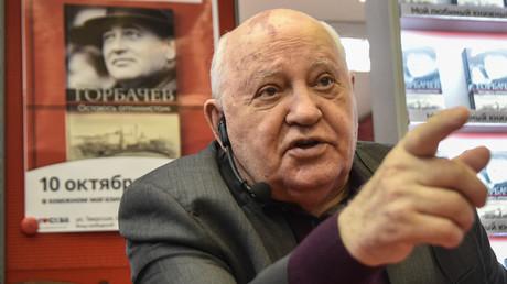 Michail Sergejewitsch Gorbatschow bei der Vorstellung seines Buches in Moskau