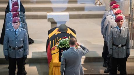 Das Begräbnis zweier Bundeswehrsoldaten des Kampfhubschrauberregiments 36, die am 26. Juli 2017 bei einem Einsatz in Mali starben.