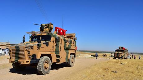 Symbolbild: Türkisches Militärfahrzeug in Tall Abyad, Syrien, 8. September 2019.