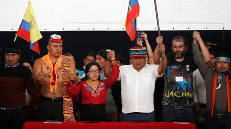 Haben einen Etappensieg errungen: Vertreter indigener Organisationen am Montag während einer Pressekonferenz in Quito.