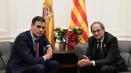 Der spanische Ministerpräsident Pedro Sánchez (links) und der Präsident der autonomen Region Katalonien Quim Torra (rechts) – Der Konflikt um die