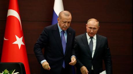 Der türkische Präsident Recep Tayyip Erdoğan und der russische Präsident Wladimir Putin in Ankara, Türkei, am 16. September 2019.