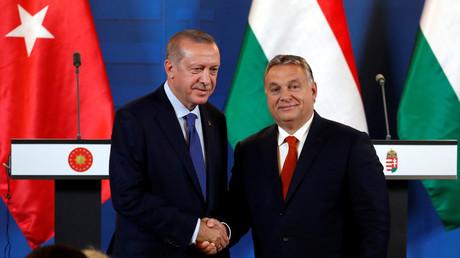 Unerwünscht gute Beziehungen: Der ungarische Ministerpräsident Viktor Orban und der türkische Präsident Recep Tayyip Erdoğan im Oktober 2019 in Budapest