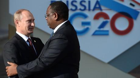 Der russische Präsident Wladimir Putin und sein senegalesischer Amtskollege Macky Sall am Rande des G20-Gipfels in St. Petersburg im September 2013
