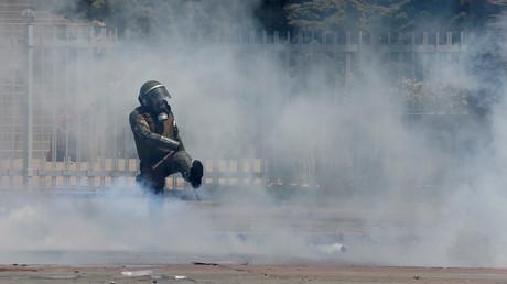 Ein Mitglied der chilenischen Sicherheitskräfte, Chile, 25. Oktober 2019.