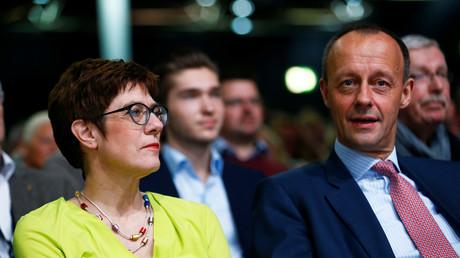 CDU-Chefin Annegret Kramp-Karrenbauer und Friedrich Merz, Düsseldorf, Deutschland, 28. November 2018.