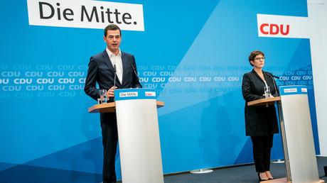 Bundesverteidigungsministerin und CDU-Vorsitzende Annegret Kramp-Karrenbauer (CDU) und Mike Mohring, CDU-Spitzenkandidat bei den Landtagswahlen in Thüringen, am 28. Oktober 2019 bei einer Pressekonferenz im Konrad-Adenauer-Haus
