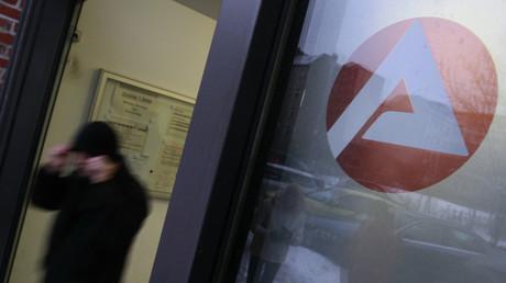 (Symbolbild). Werden ignoriert: Von der Bundesagentur für Arbeit sanktionierte Hartz-IV-Empfänger.
