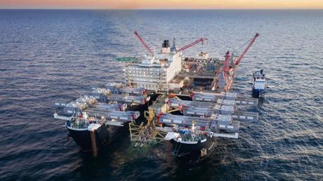 Bauarbeit in der Ostsee im Juli 2019
