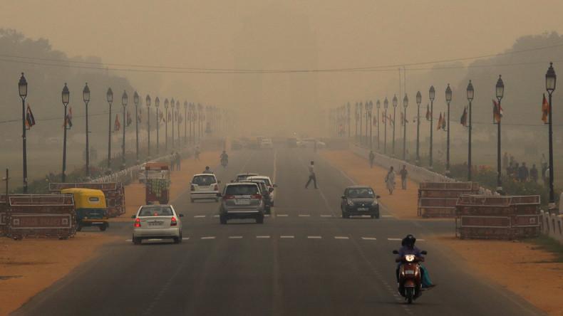 Indien: Fahrverbote wegen dramatischer Luftverschmutzung in Delhi (Video)