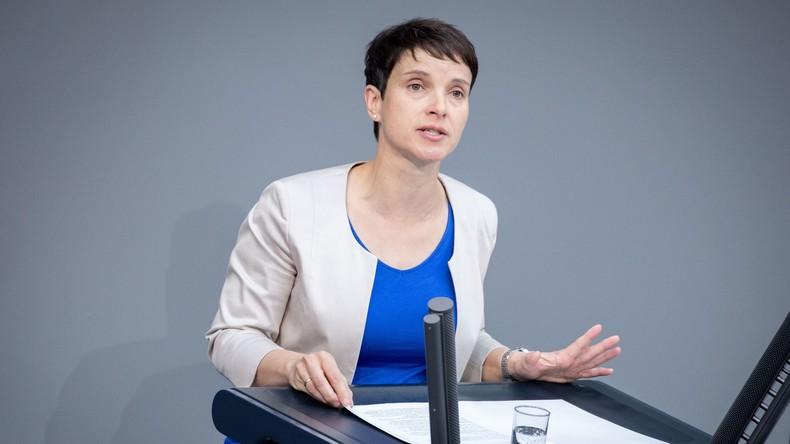 """""""Abschied aus der aktiven Politik"""" – Frauke Petry kündigt Auflösung ihrer """"Blauen Partei"""" an"""