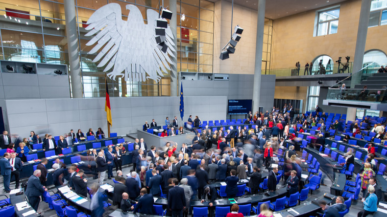 LIVE: 124. Sitzung des Bundestages – Aktuelle Stunde zum Thema Hassrede und Hasskriminalität