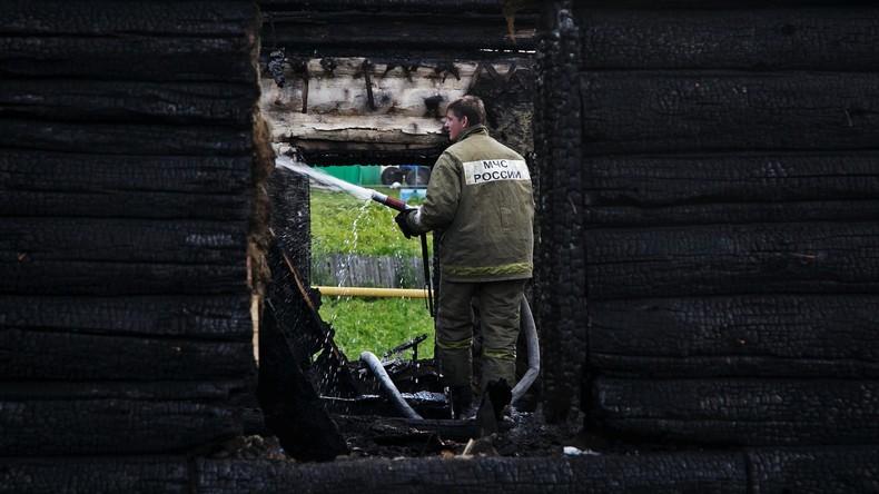 """Verrücktester Feueralarm aller Zeiten: Feuerwehrchef zündete Häuser an, um """"seine Brigade zu testen"""""""