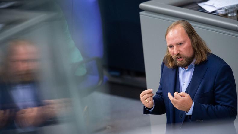 """""""Waghalsige und uralte Ideen"""": Grünen-Fraktionschef Hofreiter kritisiert Kramp-Karrenbauer"""
