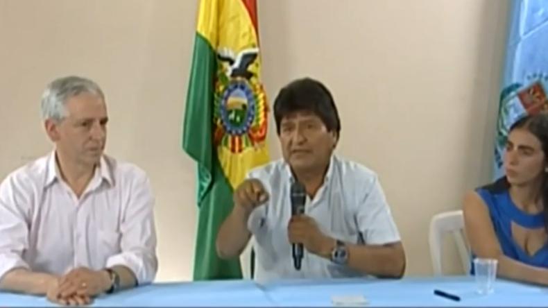 Bolivien versinkt im Chaos: Morales tritt nach Welle der Gewalt zurück und spricht von Staatsstreich