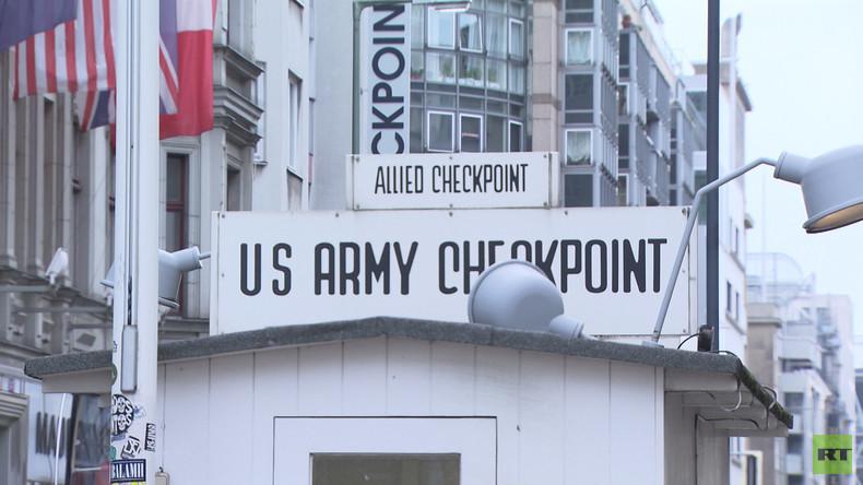 Wetteifern um Gewinne am Checkpoint Charlie: Schluss mit Fake-US-Soldaten (Video)