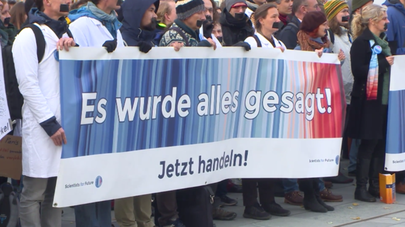 """Deutschland: Parlament verabschiedet Klimagesetz –Wissenschaftlerbezeichnen es als """"unzureichend"""""""