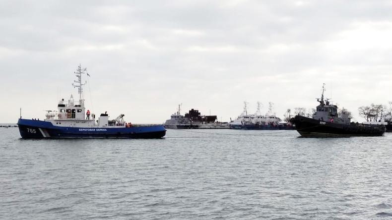Ein Jahr nach Vorfall in der Straße von Kertsch: Russland übergibt Schiffe an Ukraine