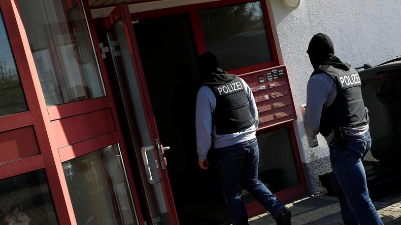 Großrazzia gegen Banker – 200 Millionen Euro außer Landes geschafft