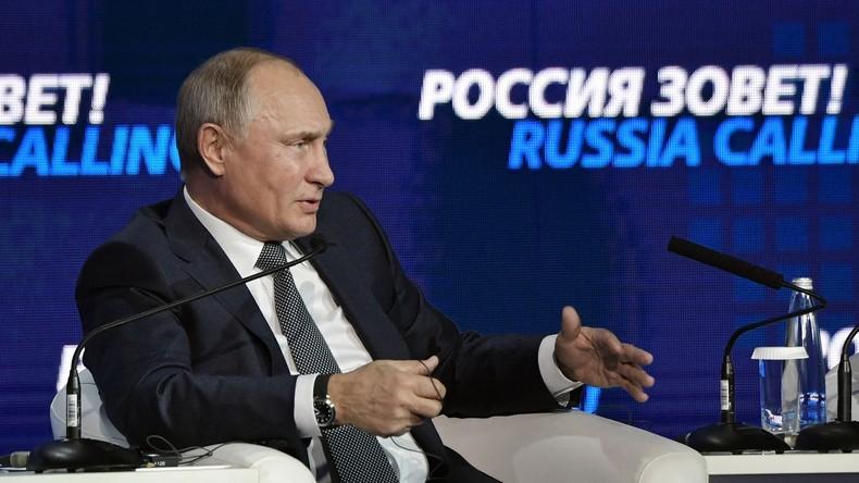"""LIVE: Putin nimmt an Plenarsitzung des Forums """"Russland ruft!"""" teil - (mit deutscher Übersetzung)"""
