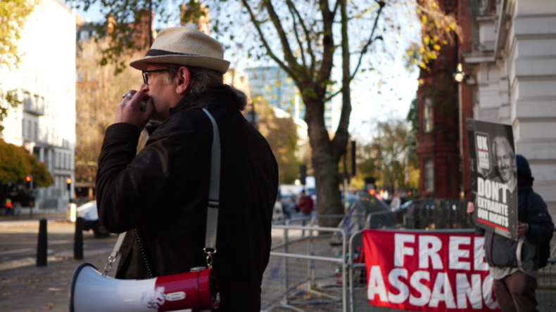 Assange-Aktivist: Gericht in London nur ein US-Außenposten – dessen Vertreter bestimmen Verhandlung