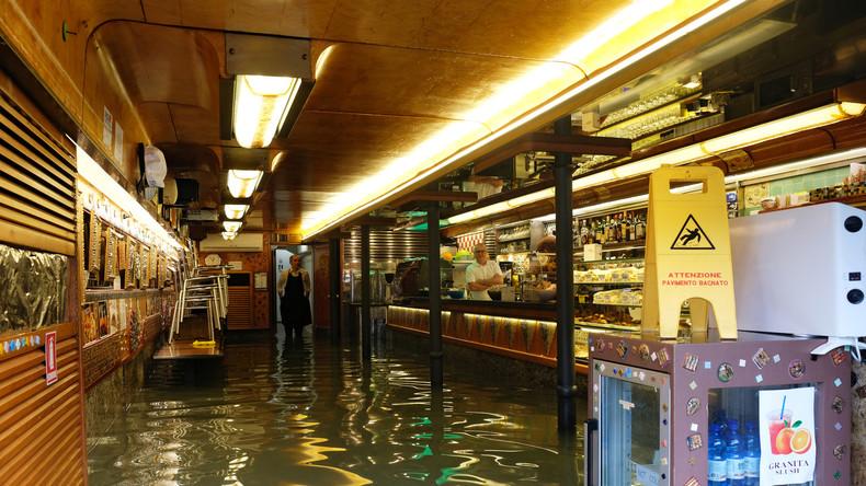 Nach dem Hochwasser: Ladenbesitzer in Venedig kämpfen um ihre Existenz (Video)