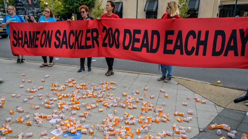 USA: Die tödlichen Methoden des Opioid-Herstellers Purdue (Video)