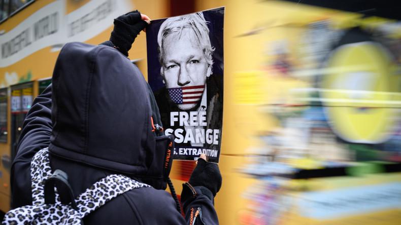 "Pink Floyd's Roger Waters: ""Beweise gegen Julian Assange ein komplettes Scheinkonstrukt"""
