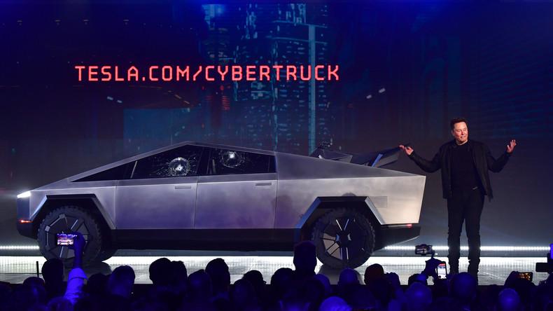 """Zerbrechliches Glas: """"Kugelsicheres Fenster"""" des Tesla-Cybertrucks zerbricht bei Live-Präsentation"""