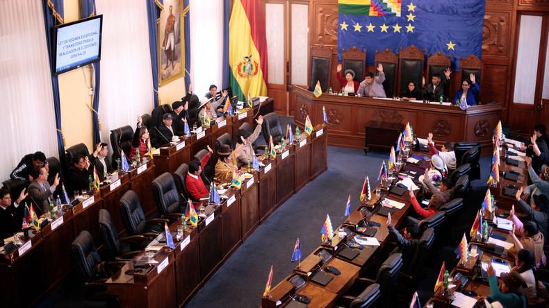 Boliviens Senat stimmt für Neuwahl ohne Beteiligung von Evo Morales