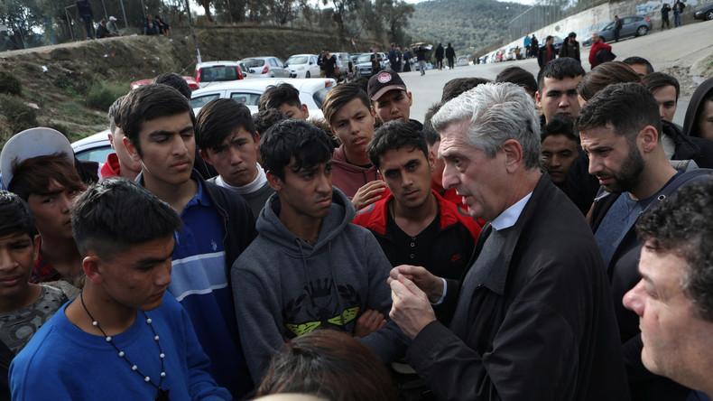 """UNHCR-Kommissar warnt Athen: Flüchtlingslager auf Inseln kommen """"Inhaftierung"""" gleich"""