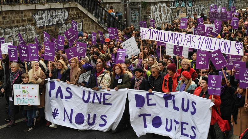Paris: Zoff unter Feministinnen bei Demo gegen Gewalt gegen Frauen (Video)