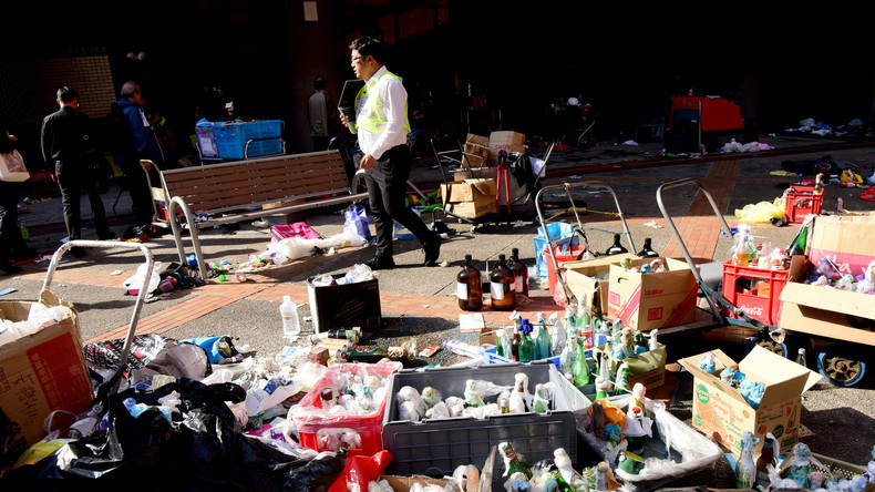 Hongkong: Polizei sichert bei Campus-Räumung tausende Molotow-Cocktails, Gaskanister und Chemikalien