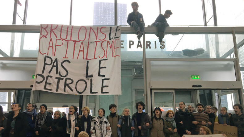 Klimaproteste, Black Friday und das Üben im Verzicht