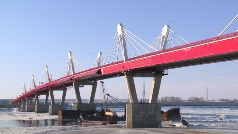 Russland: Arbeiten an der Autobahnbrücke zwischen Russland und China abgeschlossen