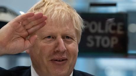 Boris Johnson bei einem Besuch bei der Londoner Polizei am Donnerstag