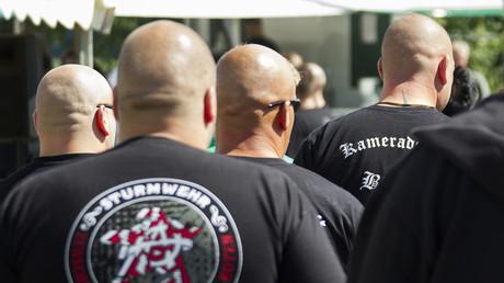 Symbolbild: Teilnehmer eines rechten Musikfestivals in Viereck, Deutschland, 11. August 2012.