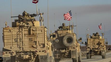 Die Geister, die sie riefen: US-Konvoi von pro-türkischer Miliz angegriffen (Video)
